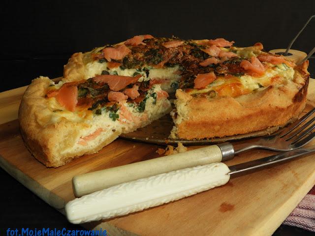 Quiche z łososiem i warzywami - CZYTAJ DALEJ