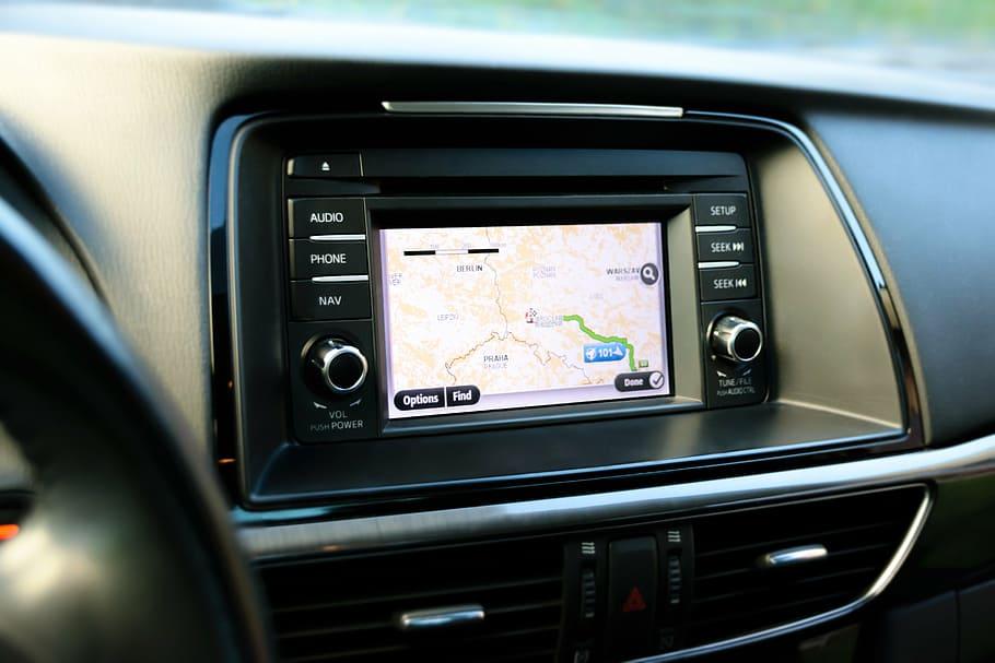 screen mirroring pada mobil