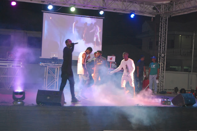 Calabar based radio station Hit 95.9 FM gives free fuel, hosts concert to mark second anniversary