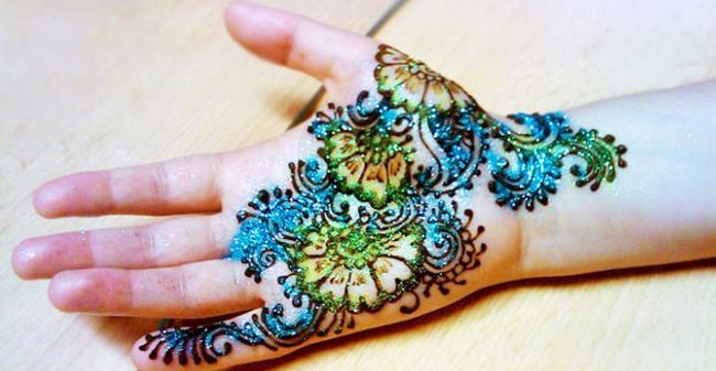 mehndi design for kids 2019