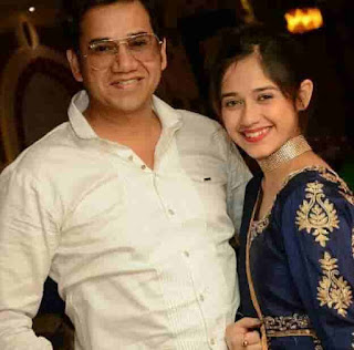 Jannat Zubair Rahmani With Her Father