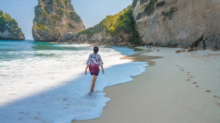 Keindahan Dan Nuansa Pulau Penida Bali