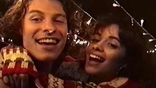 Escucha a Shawn Mendes y Camila Cabello con 'The Christmas Song'