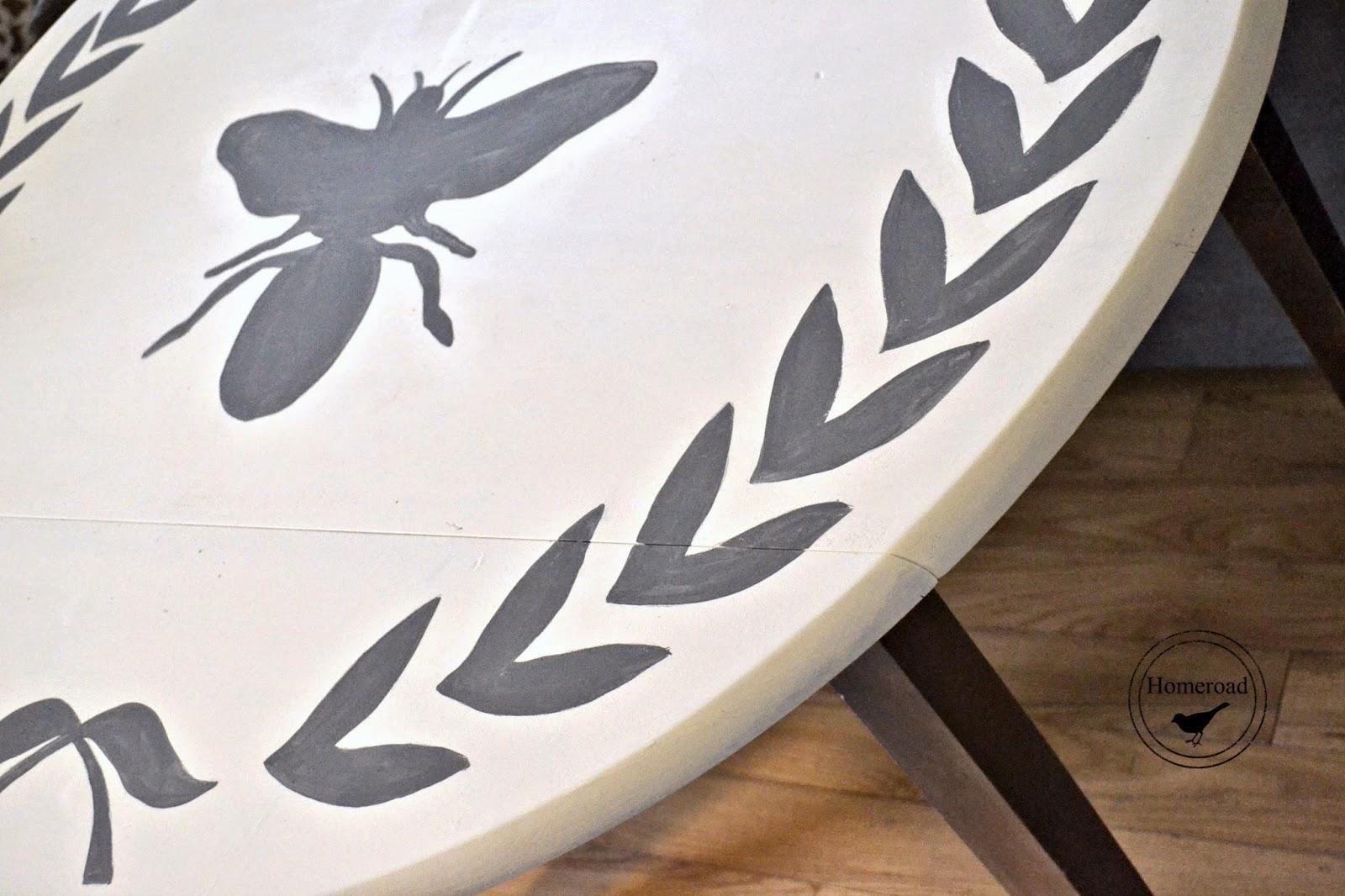bee and wreath drop leaf table www.homeroad.net