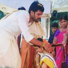 Jabardasth Mahesh Family Wife Parents children's Marriage Photos