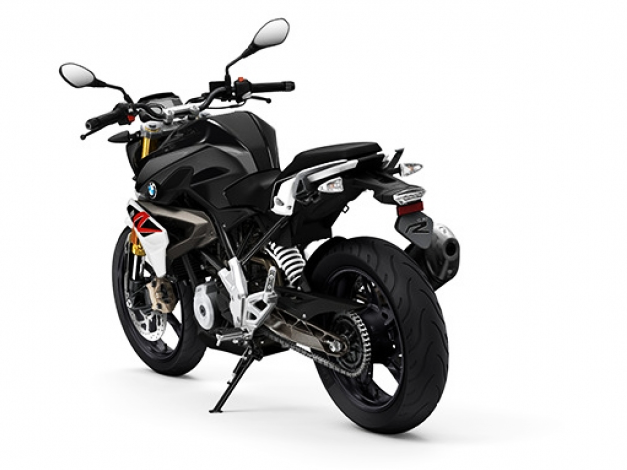2018 bmw g310r. perfect 2018 the bmw g310r gets a 1585 kg kerb weight and has 11litre fuel tank  bike is suspended over 41 mm upside down telescopic fork up front directly  in 2018 bmw g310r i