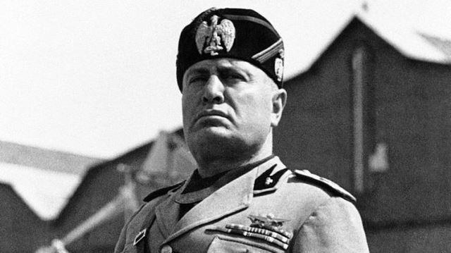 Benito Mussoloni ditangkap oleh oposisi