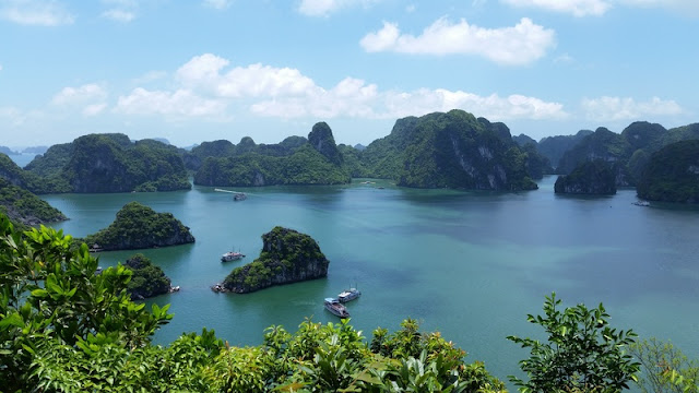 5 Unexpected Places for a Family Reunion in Vietnam