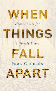 When Things Fall Apart Book About in Hindi