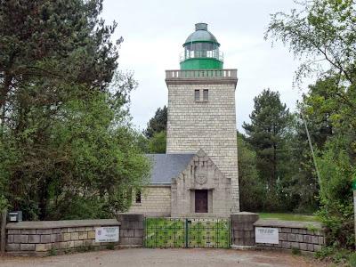 アイリ灯台 Phare d'Ailly GR21