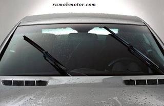 Cara Mudah Mengatasi Wiper Macet Pada Mobil