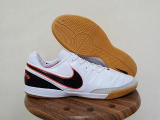 Nike Tiempo Mystic V Futsal IC white Sepatu Futsal, harga nike tiempo, jual nike tiempo, tiempo mystic , nike tiempo futsal, tiempo ic