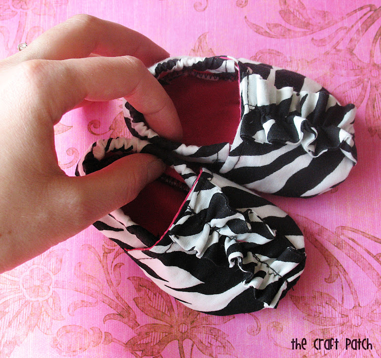 how to make baby shoes out of fabric