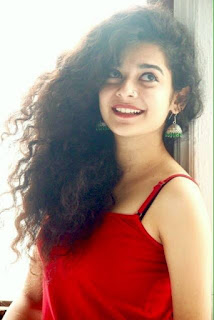 Mithila Palkar age, boyfriend, birthday, wiki, song, hot, in katti batti, movies, web series, videos