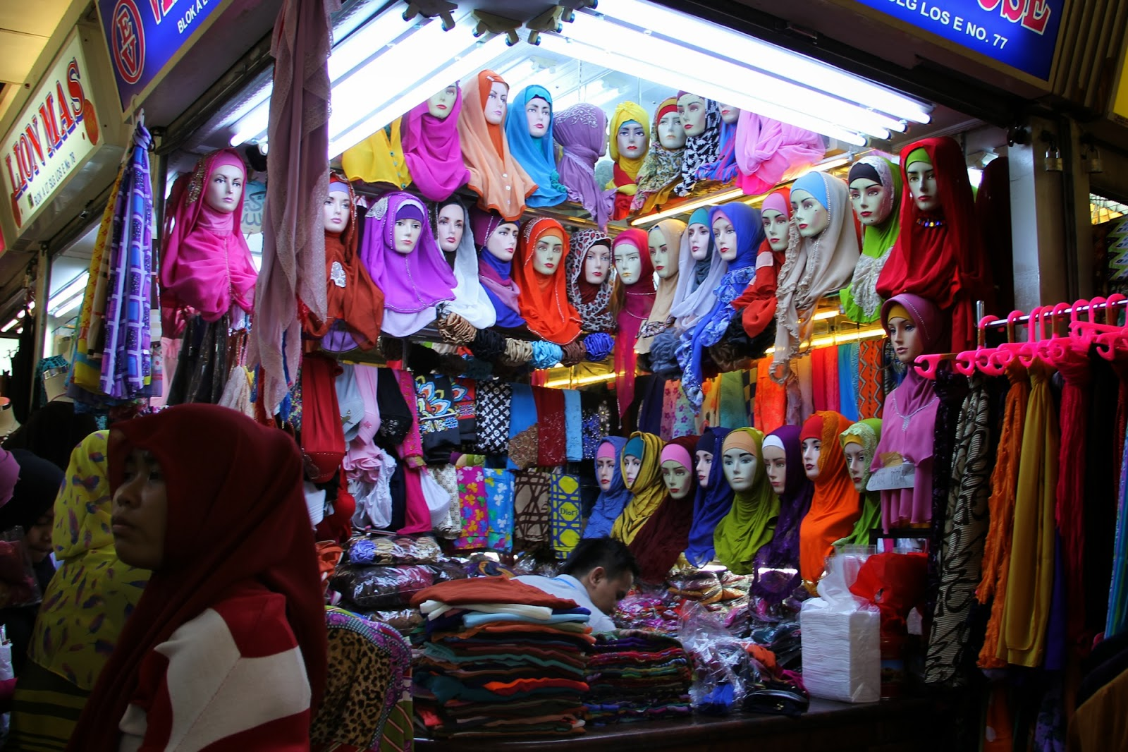 TheTravelingTeacher: Pasar Tanah Abang | Jakarta | Indonesia