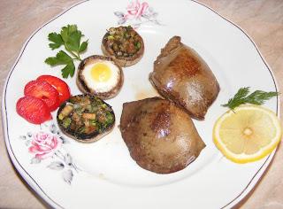 Retete mancare reteta ficat de porc prajit cu ciuperci umplute,