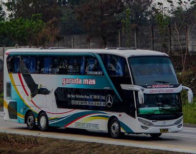 Foto Bus Garuda Mas Tingkat Double Decker