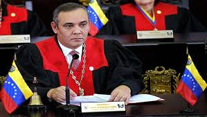 Maikel Moreno, informó al país que fue diagnosticado con COVID-19