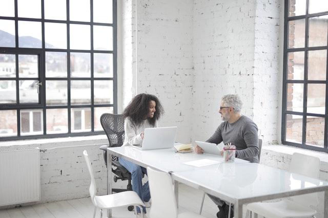 Tips Sukses Investasi Saham Walau Masih Pemula