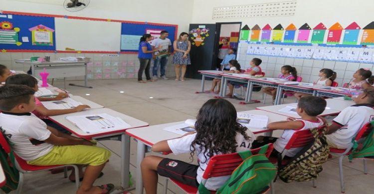 Caucaia  Oito escolas e três quadras serão reformadas 972c4f23d9964