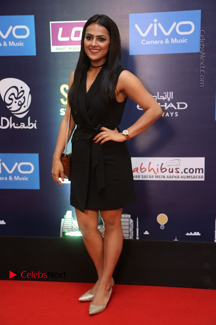 Actress Shraddha Srinath Stills in Black Short Dress at SIIMA Short Film Awards 2017  0002