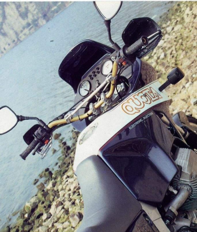 Moto Guzzi Quota 1000 Motorbike