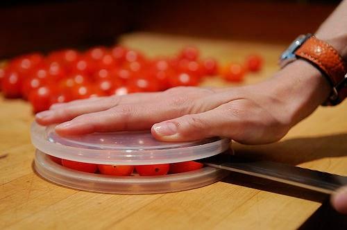 http://1.bp.blogspot.com/-ETcgwE_yKYY/U6N6Z3wZLVI/AAAAAAAAAfk/dHzUDjPYjis/s1600/Cherry+Tomato.jpeg