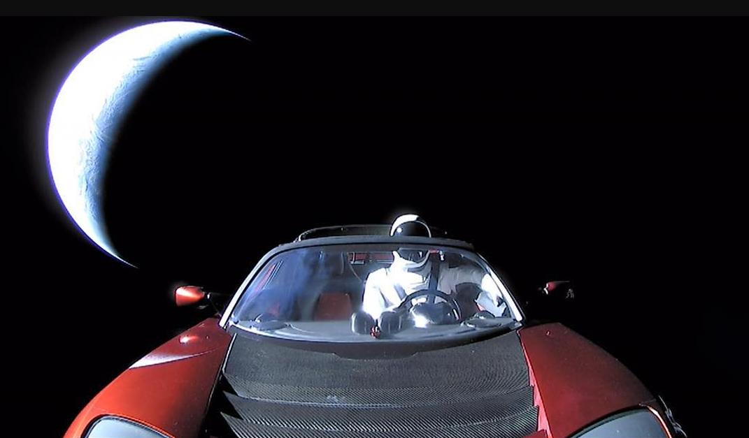 Ecco che fine farà l'auto Tesla Roadster inviata nello Spazio da Elon Musk