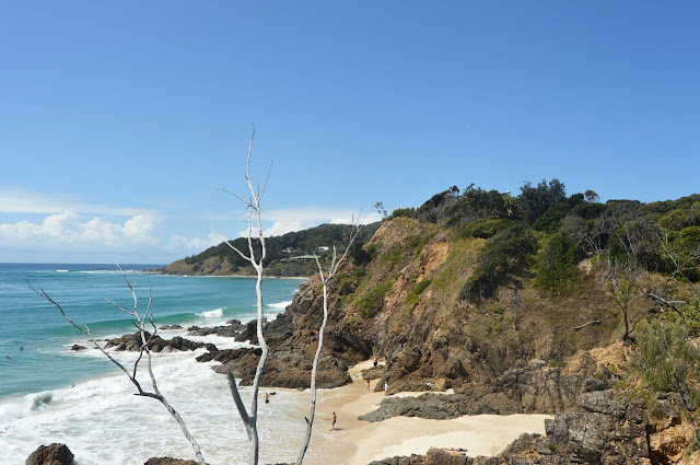 byron bay cliffs