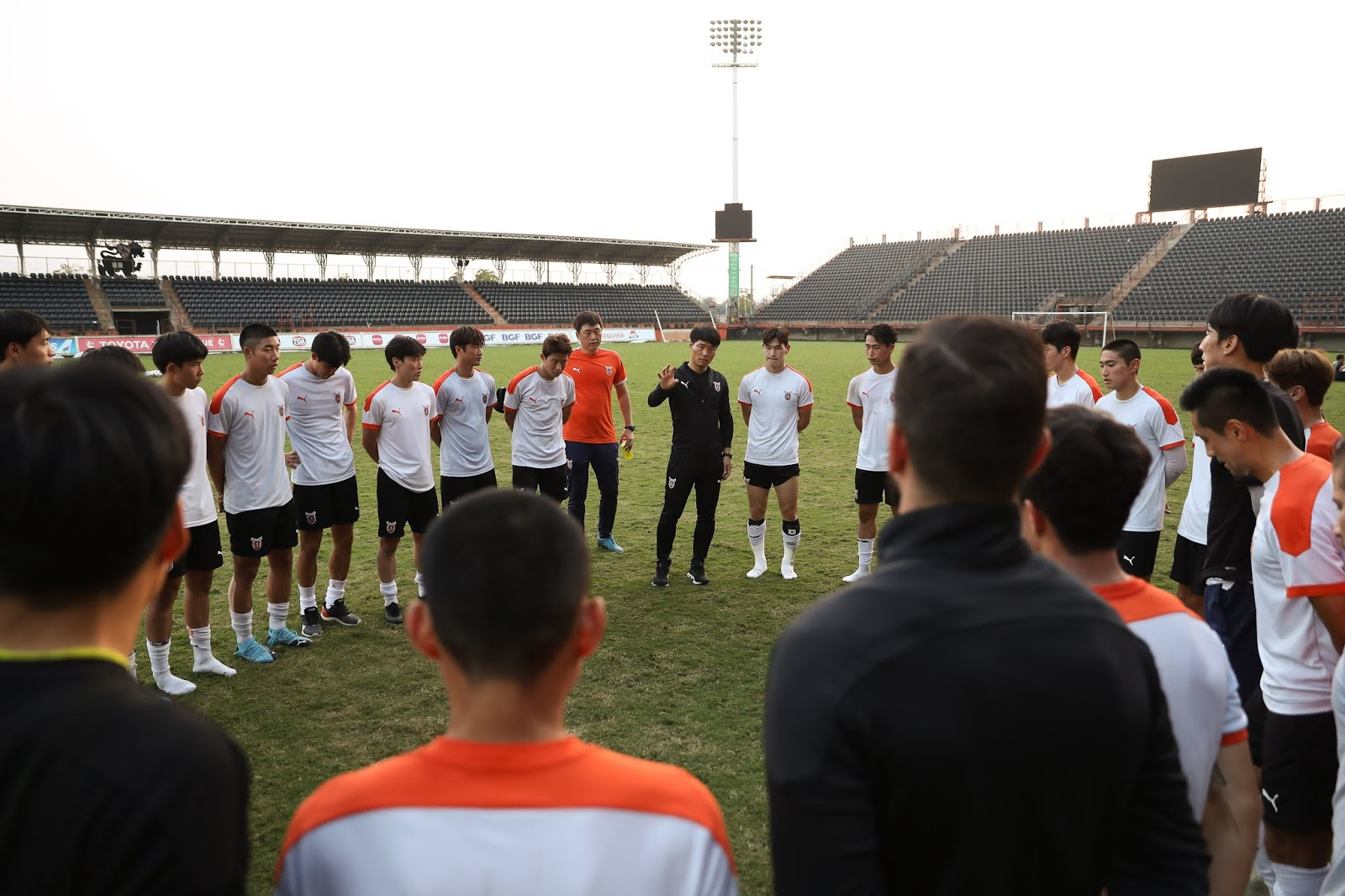 Jeju United training in Chang Rai, Thailand, February 1st, 2020. Tactical instruction by Nam Ki-il.