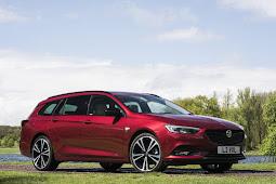 Review Vauxhall Insignia Sports Tourer Elite Nav 1.6 200 2019 UK