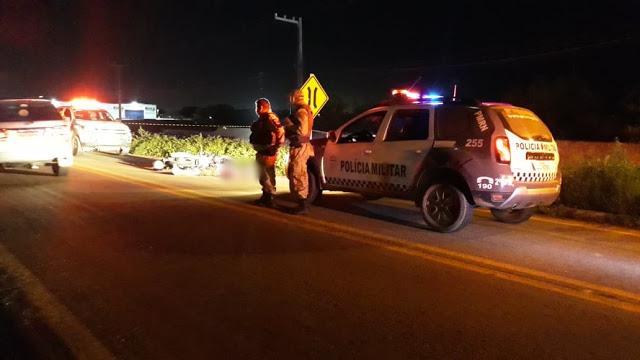 Homem é morto a tiros enquanto trafegava de motocicleta com a irmã pela BR-405 em Mossoró
