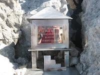 Buzón de cima de la Torre de Santa María de Enol