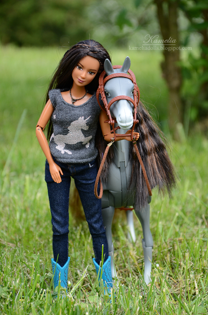 Horseback Riding Barbie 2004