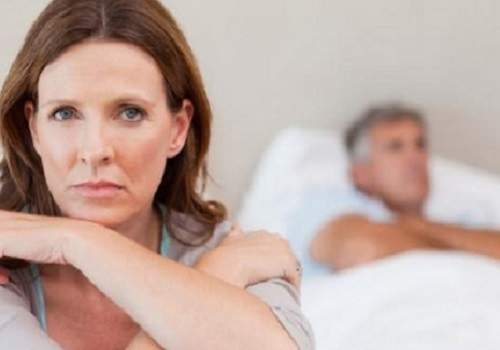 Menyakiti Istri Membuat Rejeki Menjadi Seret. Benarkah?