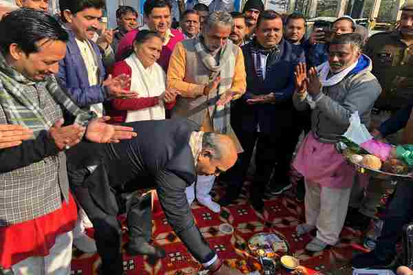 minister-krishan-pal-gurjar-started-rs-37-crore-road-development-work