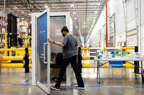 Amazon has installed the ZenBooth Meditation Kiosk in its warehouse