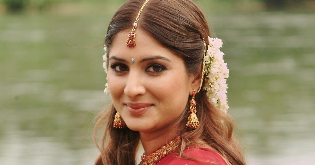 Hot Indian Actress Rare HQ Photos: Telugu Actress Gowri