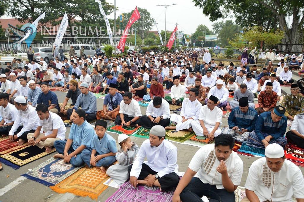 Jadi Khotib Shalat Idul Fitri, Kepala Kemenag Kebumen: Saatnya Kembali Merajut Persaudaraan