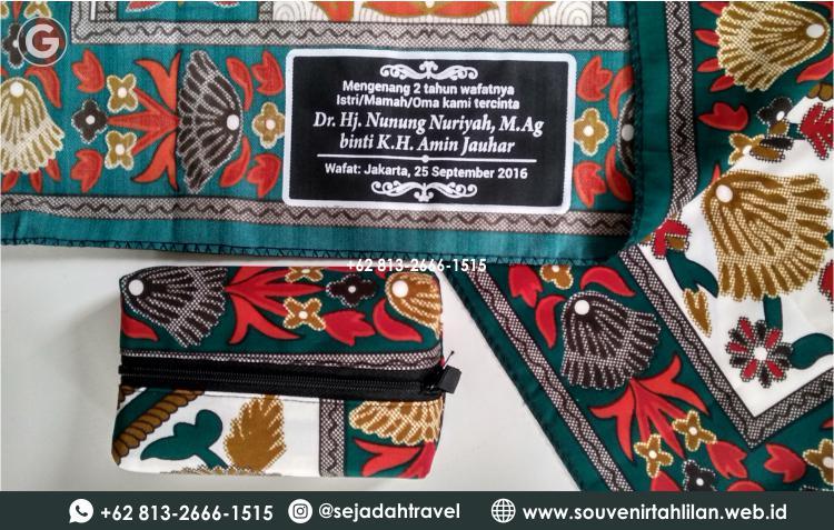 Sajadah Souvenir Tahlilan (Sablon, Bordir, Kemasan) | +62 813-2666-1515