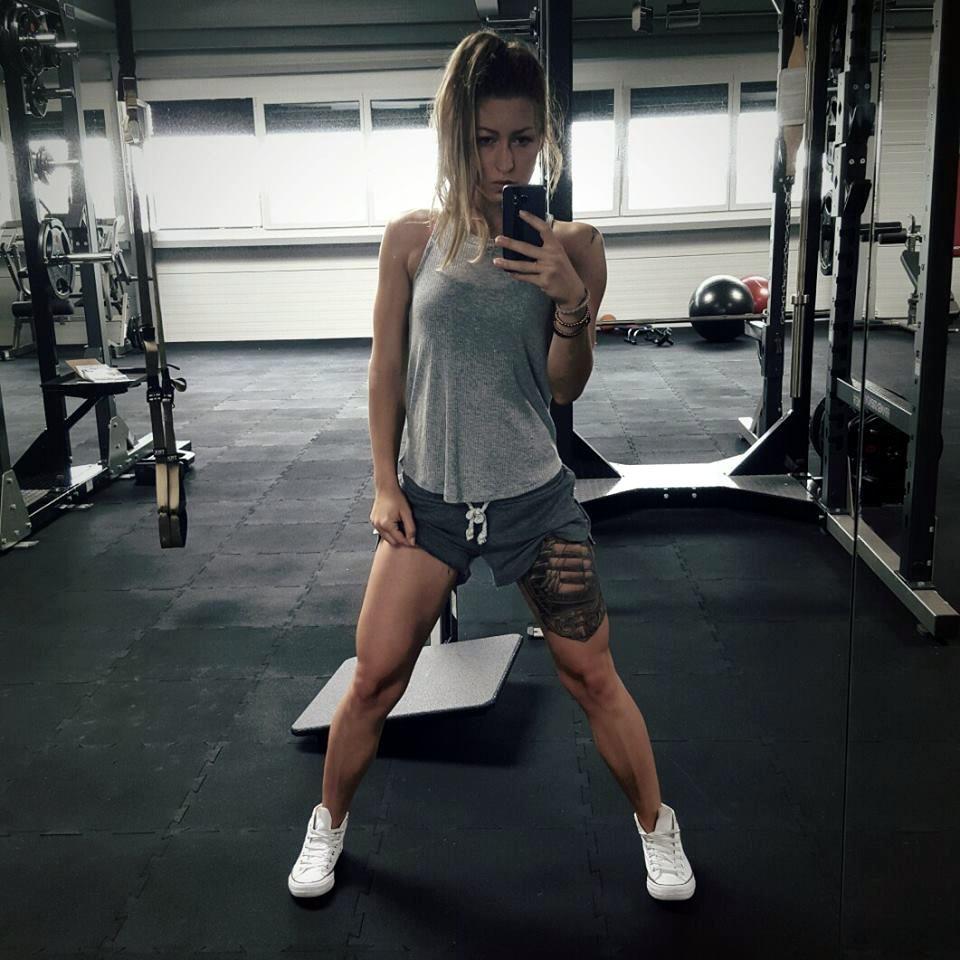 Devojke u Tereteni | Seksi Fitnes Devojke