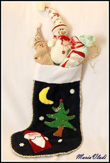 вышивка, носки, Рождество, рукоделие, упаковка, шитье, носки рождественские, носки для подарков, рукоделие рождественское, рукоделие новогоднее, упаковка подарочнвя, для детей, для интерьера, интерьер рождественский, декор рождественский, подарки рождественские, украшения для интерьера, украшения для камина, своими руками, мастер-класс, из текстиля,  http://handmade.parafraz.space/http://prazdnichnymir.ru/ Рождественские носки — фото идеи