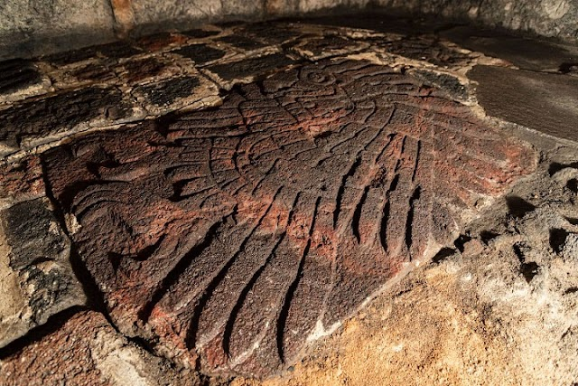 An amazing well-preserved Eagle sculpture discovered in the Great Temple in Mexico