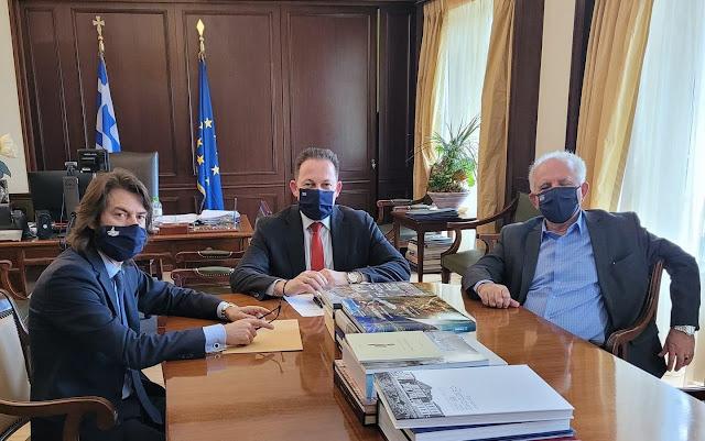Παρεμβάσεις απο τον Βουλευτή Βοιωτίας Ανδρέα Κουτσούμπα στην προώθηση των στόχων των Δήμων Λεβαδεών και Θηβαίων - Στον Στερεοελλαδίτη Αναπληρωτή Υπουργό Εσωτερικών Στέλιο Πέτσα με τους Γ. Ταγκαλέγκα και Γ. Αναστασίου
