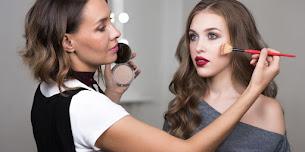 ميكب ارتست في جدة - اطلب الان Makeup Artist كوافيره منزليه لتصلك البيت
