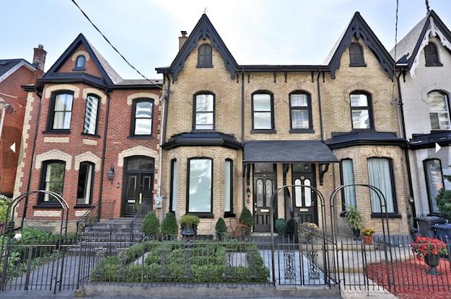 Skinny Townhouse Seeks $1.15M In Toronto