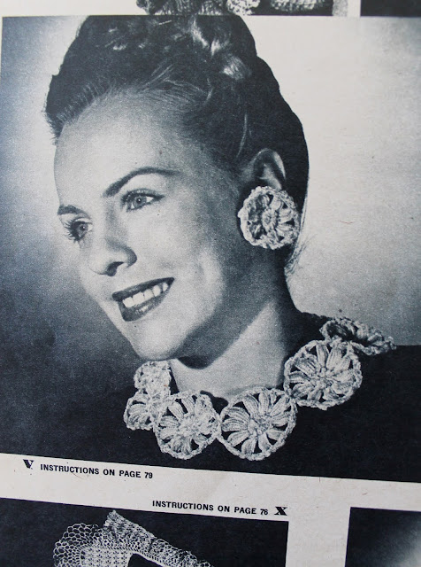 free 1940s crochet pattern flower necklace and earring set