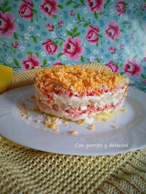 ensalada-mimosa-con-gorrito-y-delantal