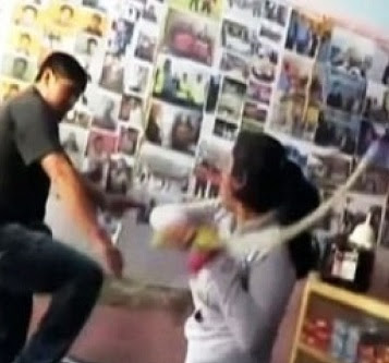 VÍDEO: Mulher da surra de chicote em marido após flagrar traição