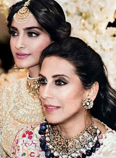 Sonam Kapoor With Her Mother